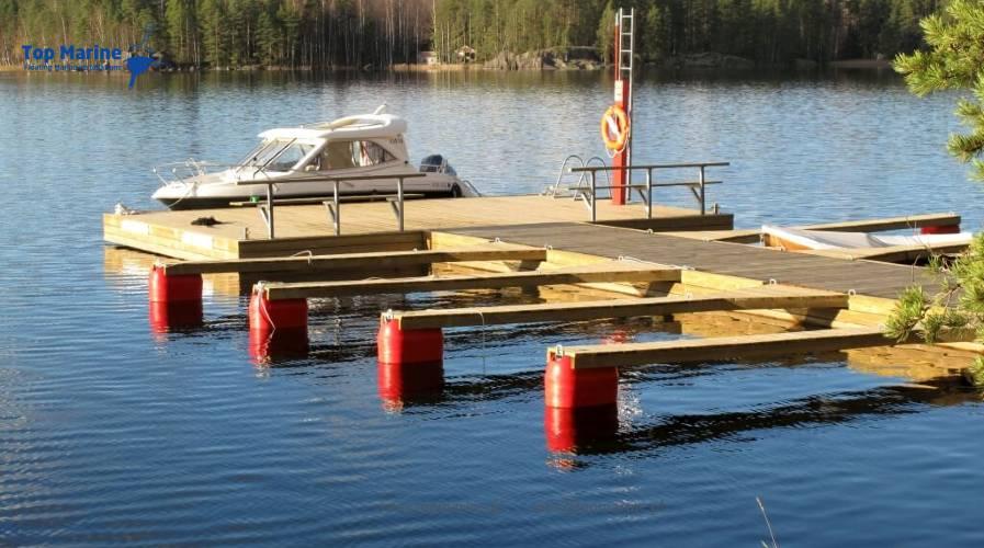Pomosty z bomami cumowniczymi z deskowaniem, Top Marine, info@topmarine.pl, www.topmarine.pl